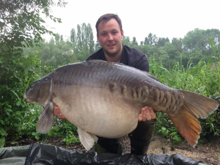 Alex Stoyles May 2016 with a Mirror Carp