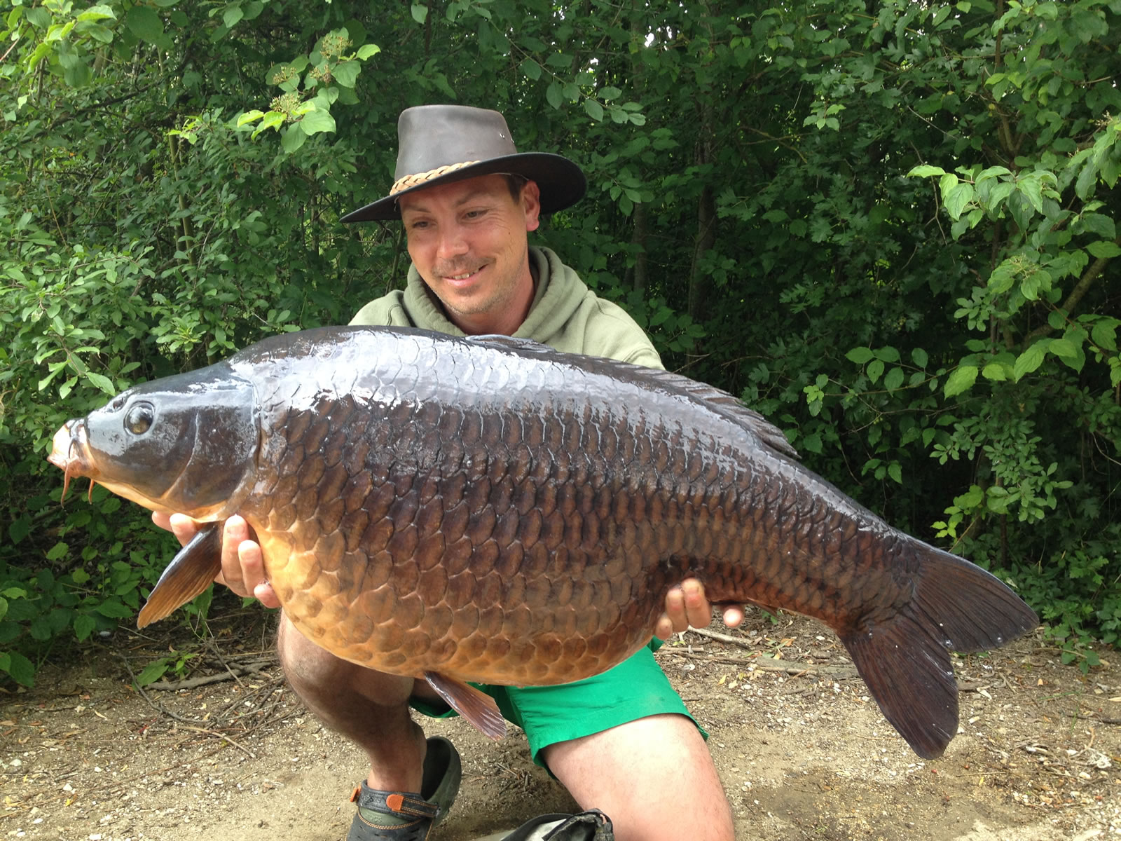 Mark Byng with a 40lb Common at Les Quis France
