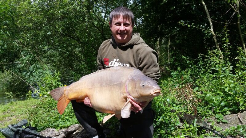 Terry Costa 53lb Mirror Old Lakeat Les Quis June 2014