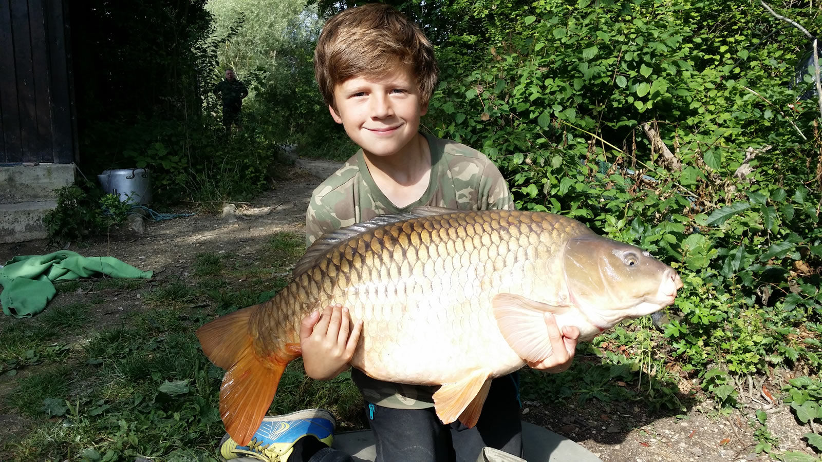 Felix with a 27lb Common from Les Quis June 2014
