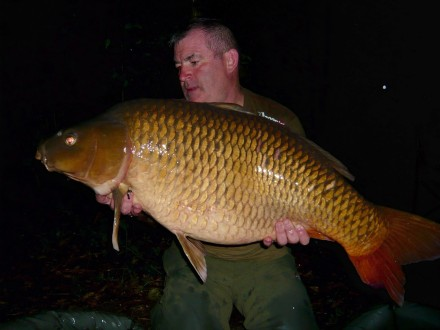 Les Quis Elf Lake Gary 42lb Common Carp July 2017